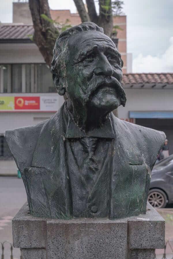 Esculturas Fidel Cano de Medellín