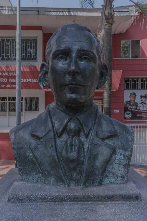 Escultura José María Bravo en Medellín