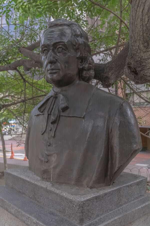Escultura Juan Antonio Mon Y Velarde en Medellín